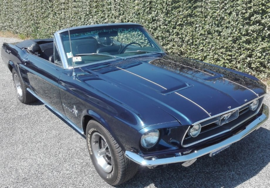 location ford mustang 1967 bleu 1967 bleu six fours les plages. Black Bedroom Furniture Sets. Home Design Ideas