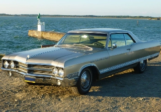 Buick Electra 225 1965 champagne