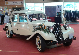 CITROEN TRACTION 11 BL 1951 IVOIRE