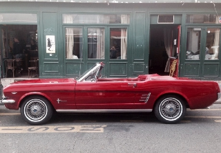 Ford MUSTANG 1966 ROUGE  POMME D'AMOUR