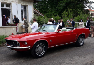 FORD MUSTANG 1969 ROUGE