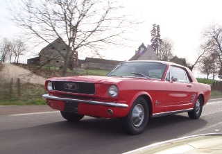 Ford Mustang coupé 1966 Rouge