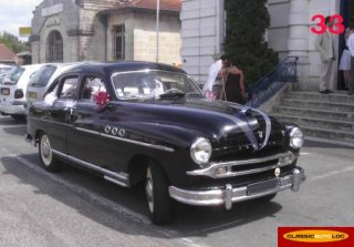 FORD vedette 1953 noire