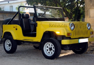Dallas Jeep 1988 Jaune