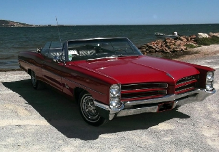 Pontiac catalina 1966 rouge