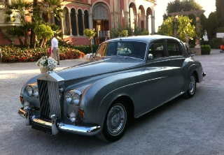 Rolls Royce Silver Cloud 1956 gris medium