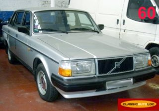 Volvo 240 1985 Grise